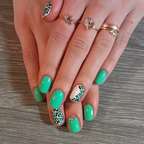 Зеленые ногти дизайн