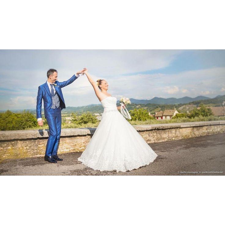 ЭТО ПЕРВЫЙ ТАНЕЦ ЧТОЛИ?  #weddingparty  #ведущийнасвадьбу  #супертамада #оформлениесвадьбы