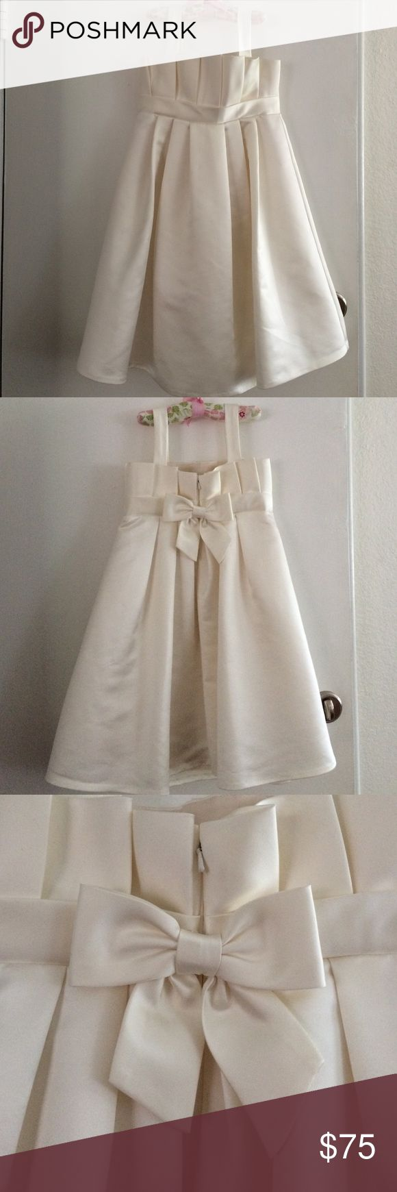 Priscilla of Boston flower girl dress Stunning satin flower girl dress with pleats and bow in back. Size 6X. Worn once for a few hours. Surprisingly no blemishes. Off-white Priscilla of Boston Dresses Formal