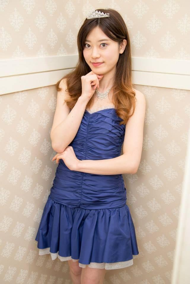Beauty blue dress