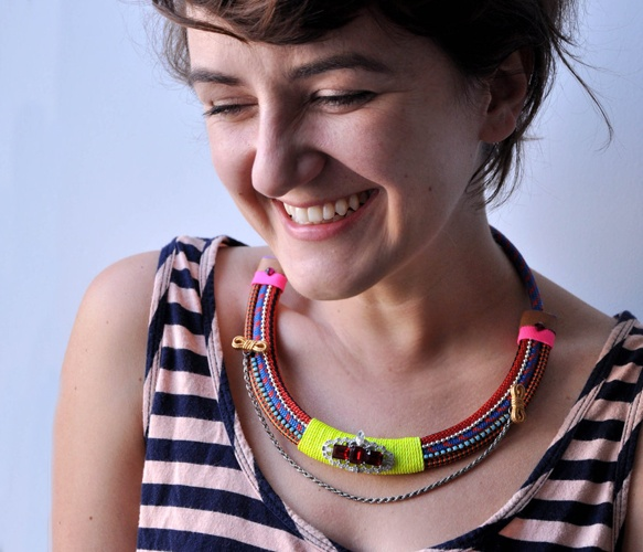 Neon Blue Rope Collar Necklace: Diy Necklaces, Ropes Necklaces, Ropes Collars, Collars Necklaces, Neon Ropes, Kikinyc Ropes, Blue Ropes, Neon Blue, Braids Necklaces