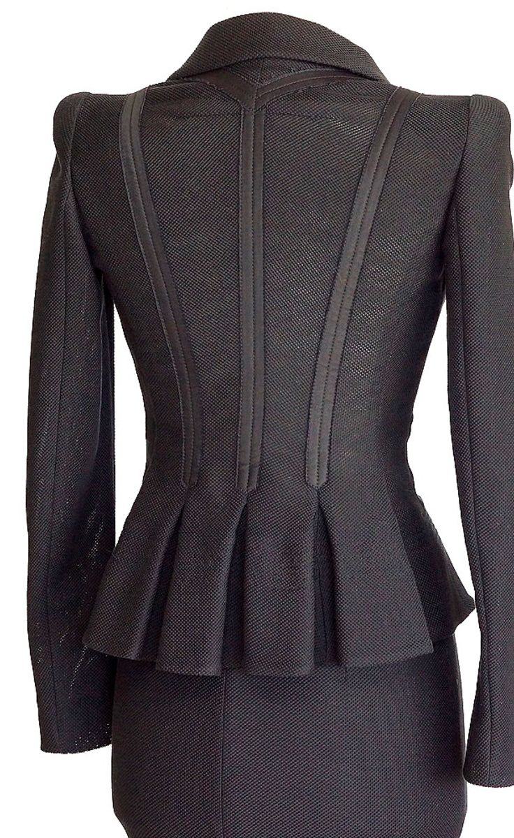 Givenchy Black Suit | VAUNTE