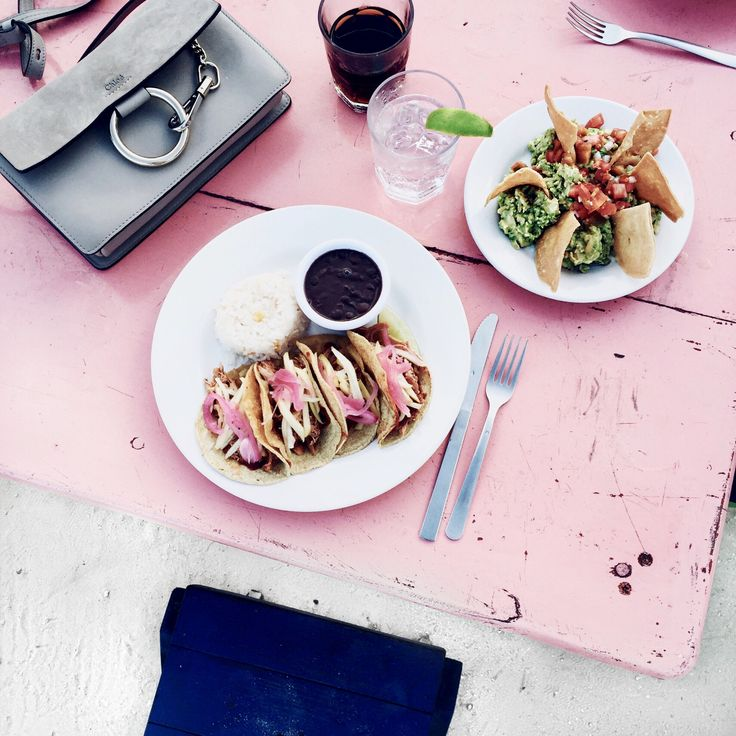 Mexican food at the colorful Zumas restaurant in Tulum, Mexico: http://www.ohhcouture.com/2016/03/monday-update-12/ | #ohhcouture # LeonieHanne
