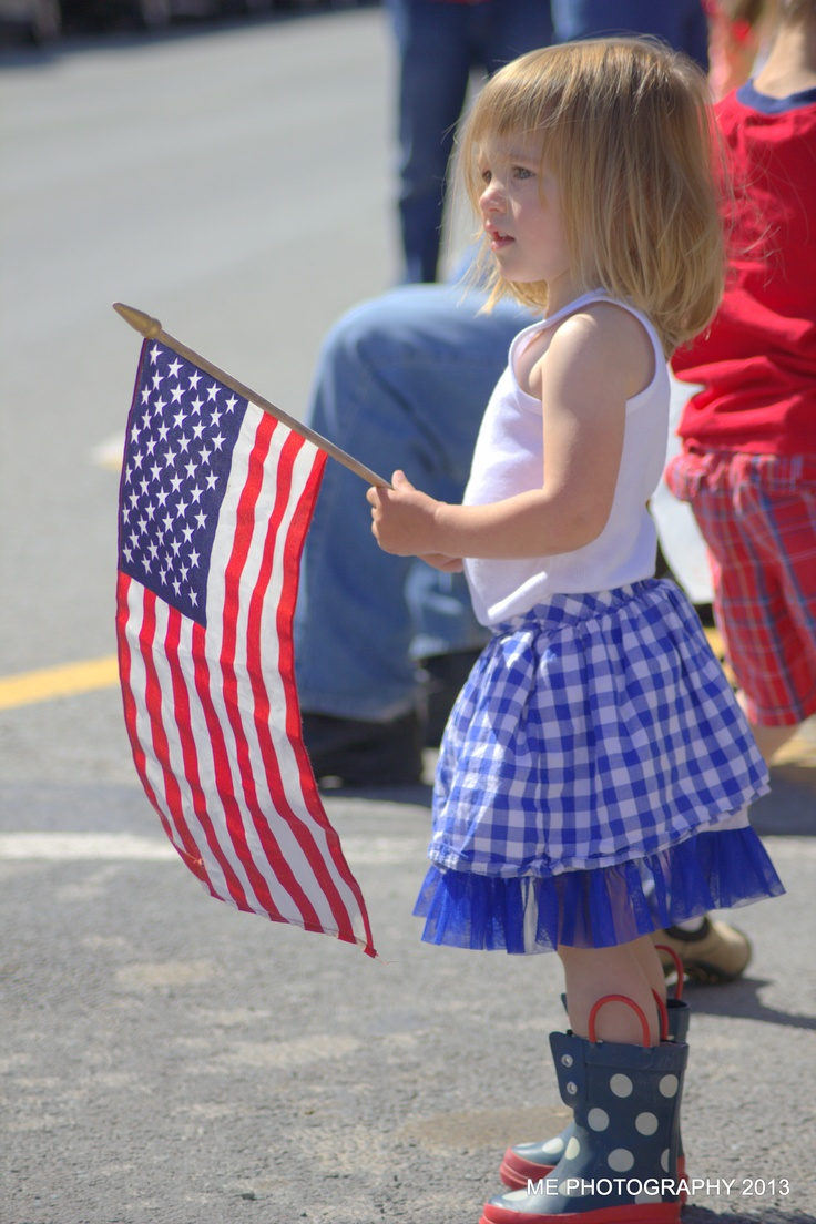 """Memorial Day Parade  ---- I saw an """"on the street interview"""" this Memorial Day, and they asked people """"What is Memorial Day?""""  ANd most had no answer, did not have a clue!"""