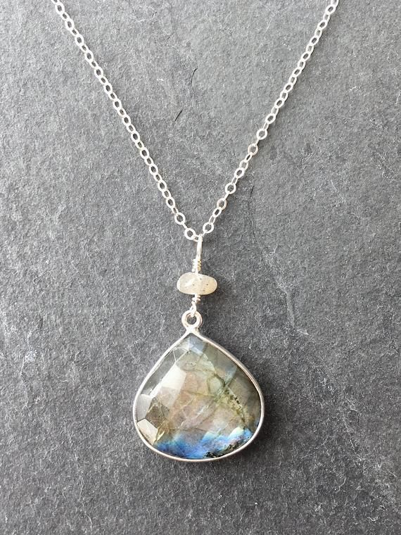 Cleanse Your Crystals With These Alternate Ideas Blue Labradorite Crystals Cleansing Crystals