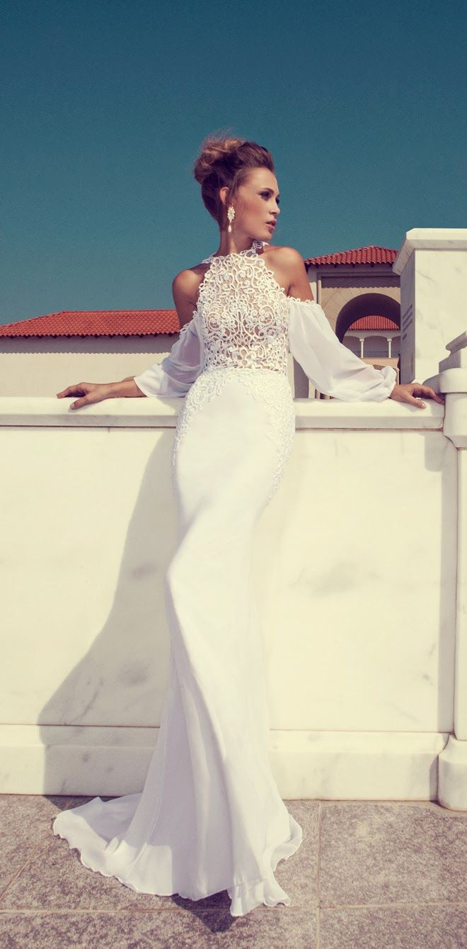 Halter beauty ~ Wedding Dresses by Julie Vino Fall 2014 | bellethemagazine.com