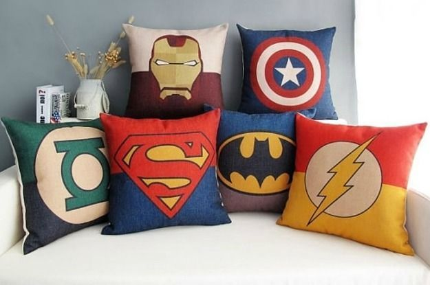 23 Ways to create the ultimate superhero room. Taking note for my future children who will have badass rooms :P.