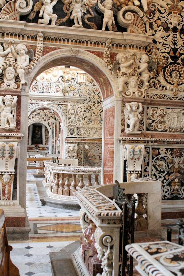Church of the Gesu (Chiesa del Gesù), ambulatory, Piazza Casa Professa, Palermo, Sicily - 1636 - Jesuit architecture - Photo by Gerfaut.d.