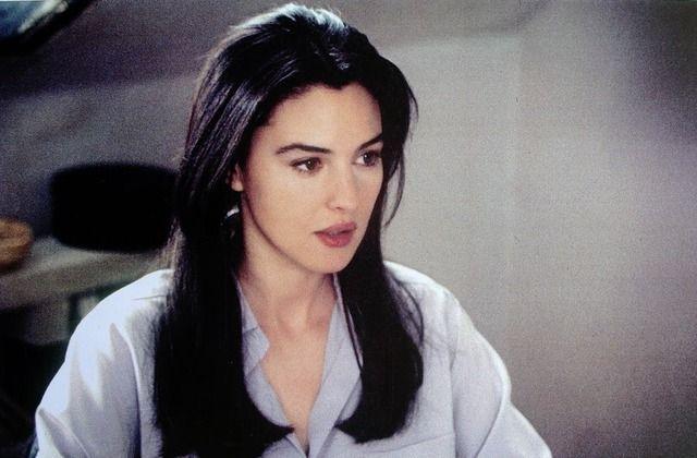 Monica Bellucci In L Appartement 1996 Monika Mpeloytsi In 2019