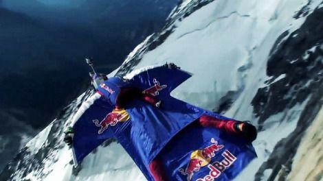 Red Bull Gives Wings to People and Ideas. レッドブルは人とアイディアに翼をさずけます。狙った目標にたどり着くため、そして自分の夢をかなえるため。「レッドブル翼をさずける」の本当の意味をご覧ください。#翼をさずける World of Red Bull キャンペーンサイトはこちら!<a href=-http-//worldofredbull.jp- target=-_blank->http-//worldofredbull.jp</a>
