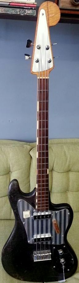 385dfe669cf621630a20184ab160fe7c gallows bass guitars 57 best teisco images on pinterest vintage guitars, electric Kingston Guitars 50s at readyjetset.co