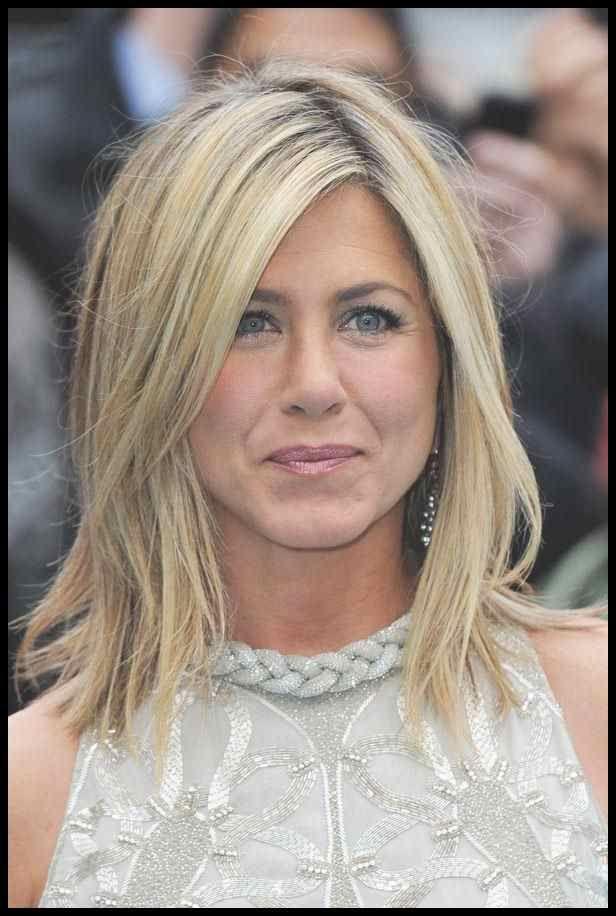 Die Frisuren Von Jennifer Aniston Bild 13 Von 41 Cosmopolitan