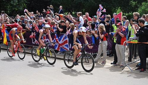 Team GB's Stuart Hayes & Bronze Medal Winner Jonathan Brownlee - London 2012 Olympic Men's Triathlon Final - Hyde Park