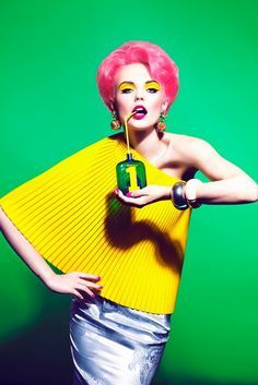 Pop Art Photography, Colored Hair, Colorful Fashion Photography, Colour Fashion, Pop Art Fashion, Clothing Popart, Fashion Editorial