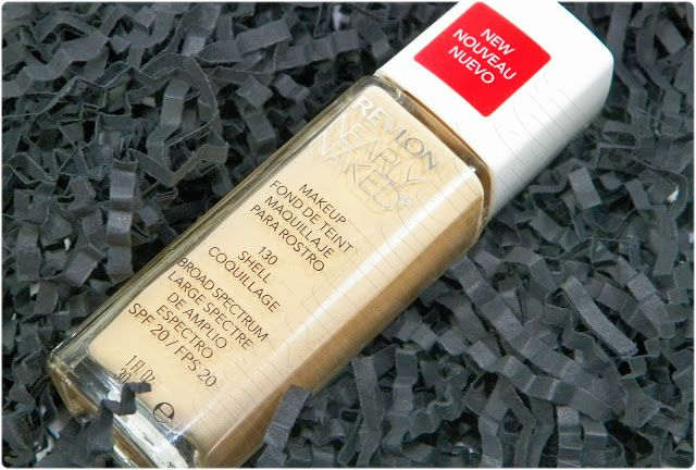 Base de maquillaje Nearly Naked | Revlon. 10-12 euros, UK o online