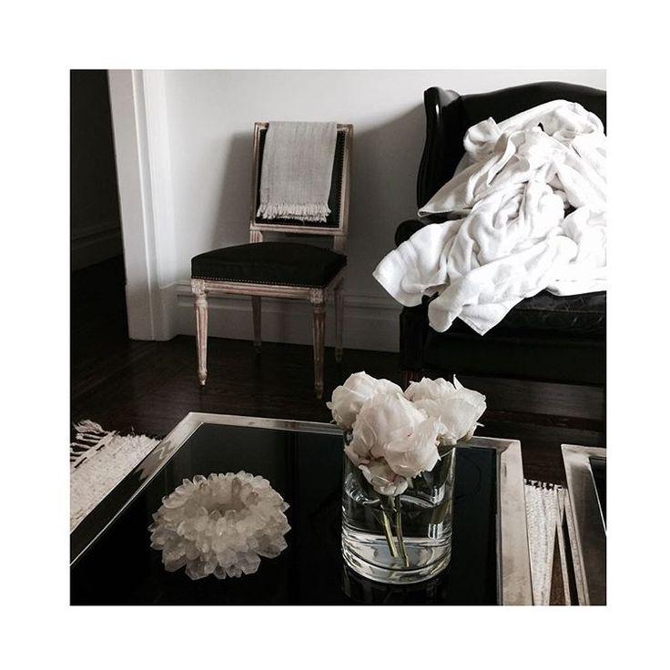 декор, кухня, голубой, классический интерьер, инстгарам, interoir, gibson, black and white, simple