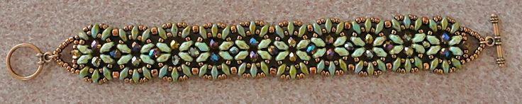 Linda's Crafty Inspirations: Bracelet of the Day: India Bracelet - Green & Topaz
