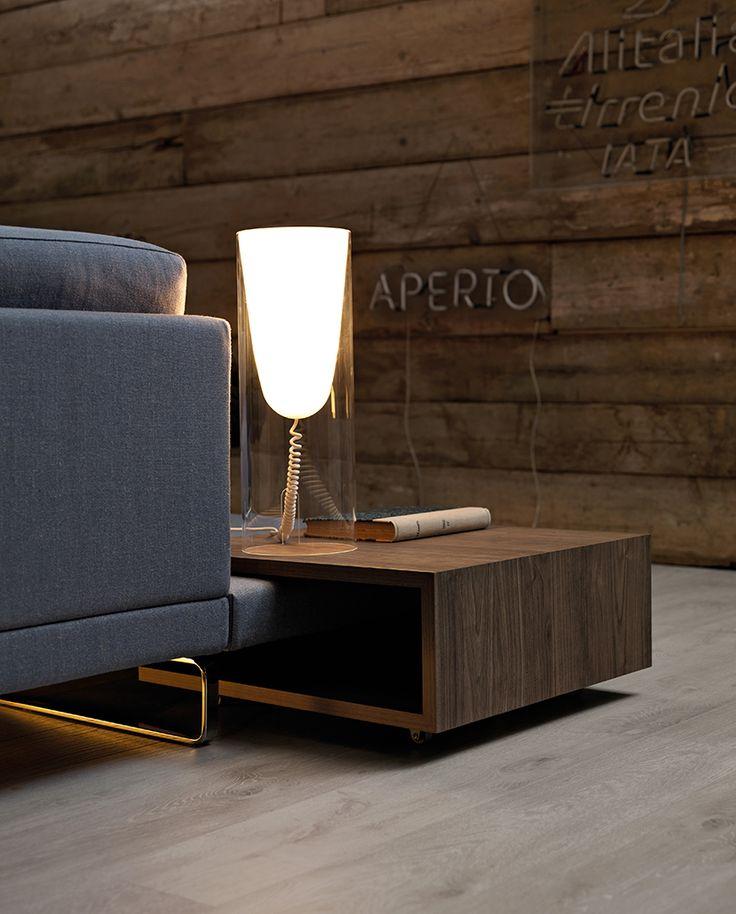 Attorno ad un #divano non possono mancare i giusti accessori: Jim, York, Basic, sono solo alcune delle nostre proposte d'arredo; semplici e funzionali. Scopri di più su: http://www.doimosalotti.it #doimosalotti #arredamento #design #living #complementi #tavolino