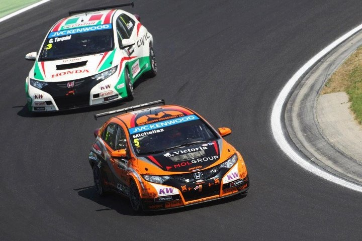 Great shot of Norbert Michelisz leading Gabriele Tarquini in Race 1 at the Hungaroring last weekend