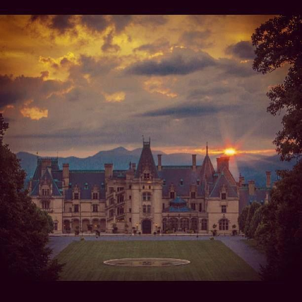 Biltmore Estate, Asheville, NC. A little piece of Heaven - home sweet home:)