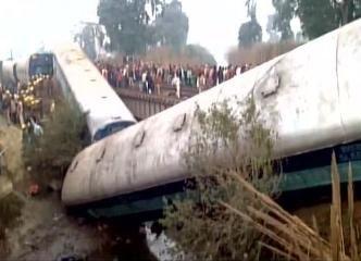 15 bogies of Ajmer-Sealdah Express derail near Kanpur, several injured