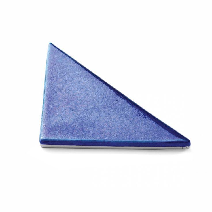 Tejo tile | Theia creative tiles – www.theiatiles.com | 100% Portuguese handmade ceramic tiles for surfaces and interior decoration design projects | Cobalt blue | Ceramics