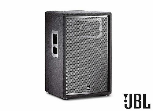 The JBL JRX215 2-way passive PA speaker gives you professional performance affordably. JBL engineers reexamined every element of the speaker system design, kept everything that makes a speaker perform and sound its best, and redesigned things that don't.  More Info / Available here: http://www.recordcase.de/en/JBL+JRX215.htm?pid=Google-Ehlen http://www.dj-bucuresti.ro/