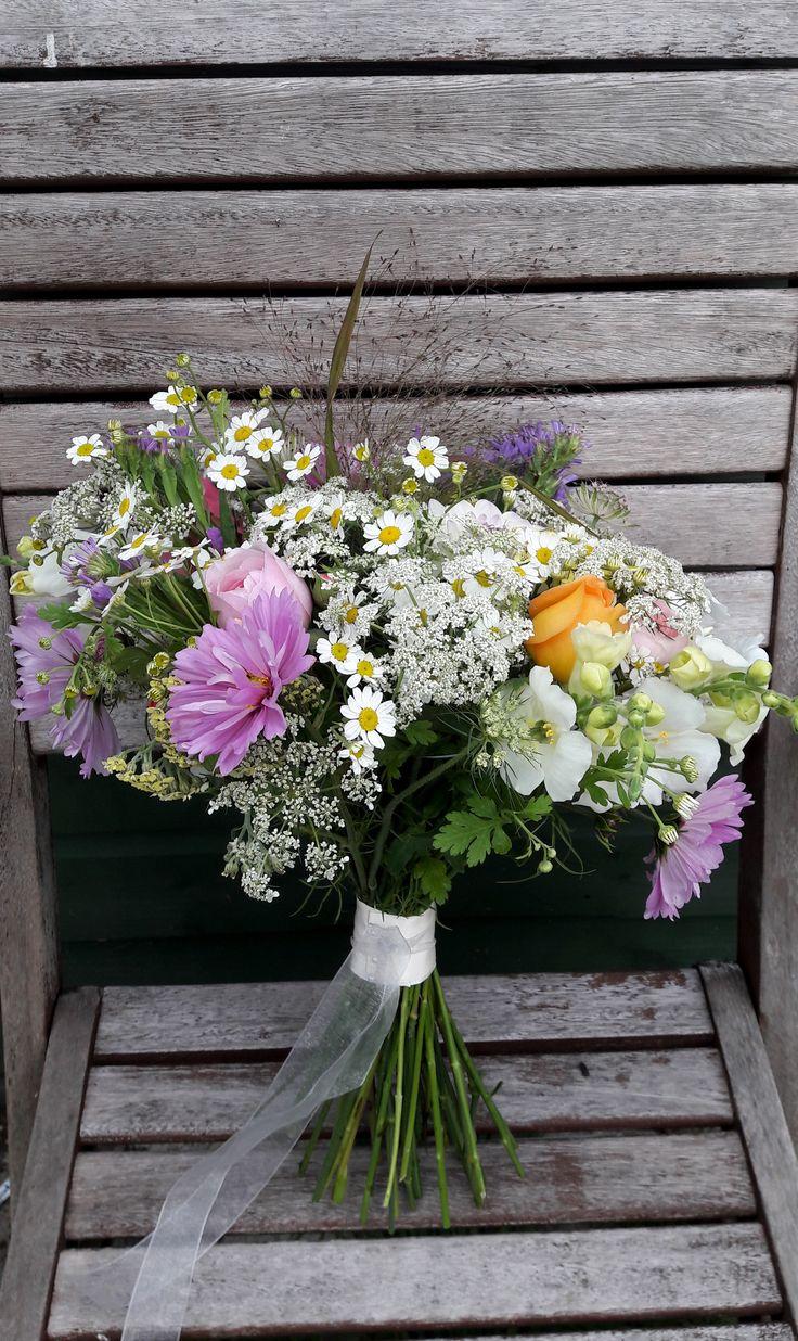 September bridal bouquet