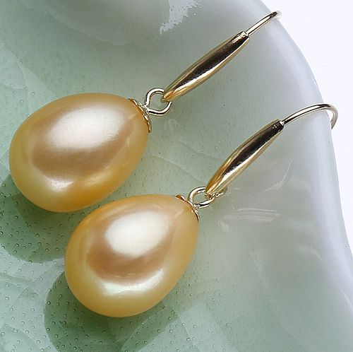 18k Gold & Fresh Water Pearl Earrings