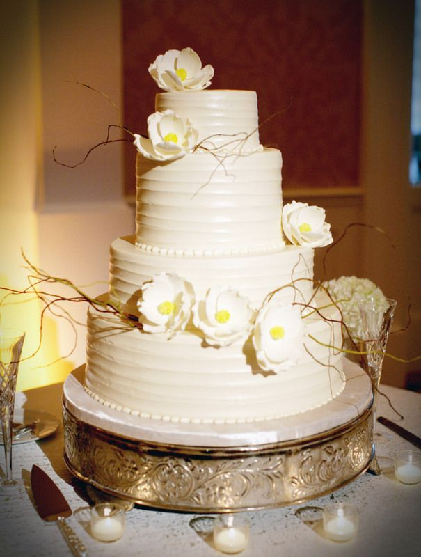 navy wedding cake flowers 17 best images about navy buttercream and white wedding 17789