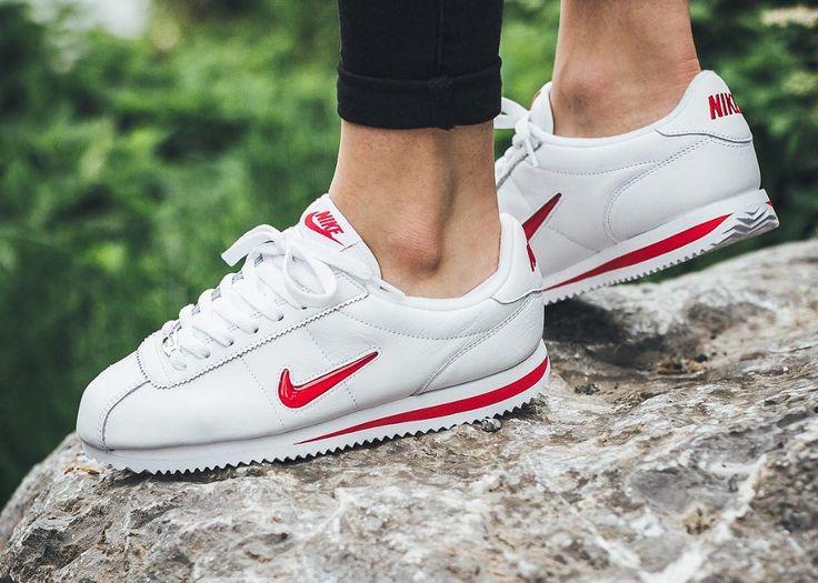 Nike Cortez Basic 'Rare Ruby' | Nike cortez, Baskets nike, Sneakers