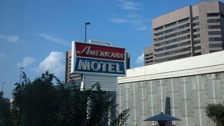 Americana Hotel in Arlington, VA