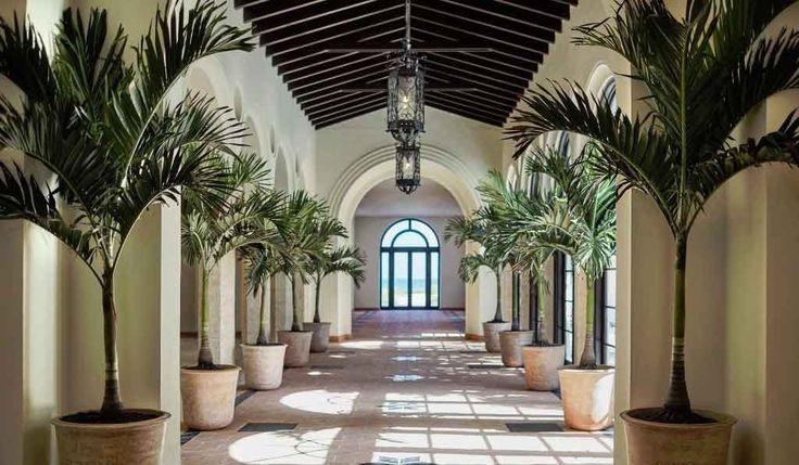 Le Four Seasons Hotel at The Surf Club, Surfside, Florida a ouvert ses portes