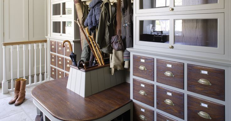 Hand-painted boot room with antiqued oak bench seat, drawer fronts and interiors. Designed by Artichoke www.artichoke-ltd.com