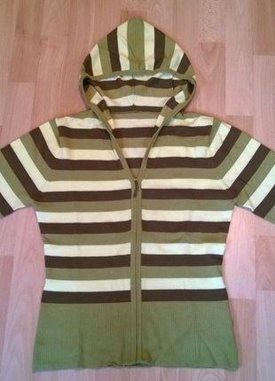 Jarní pruhovaný svetřík s kapucí, vel. S/M.  Kupuj mé předměty na #vinted http://www.vinted.cz/damske-obleceni/svetry/15017304-jarni-pruhovany-svetrik-s-kapuci-vel-sm