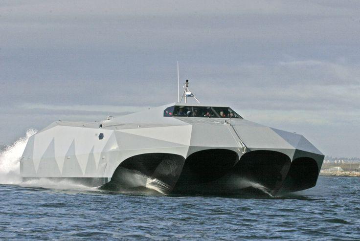La tecnología de ocultación del M80 Stiletto impide al radar detectar este barco especializado en operaciones cerca de la costa. Ya lo usan las fuerzas especiales de Estados Unidos.