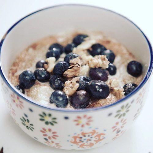 Quinoa Porridge (AKA NOatmeal) with Blueberries, Walnuts and Maple Coconut Cream {Low FODMAP, Gluten-free, Dairy-free}