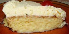 Aprenda a fazer essa receita fácil e deliciosa de Receita de bolo de leite moça molhadinho com cobertura de Chantilly. Perfeito para o lanche ou para qualquer tipo de festa.