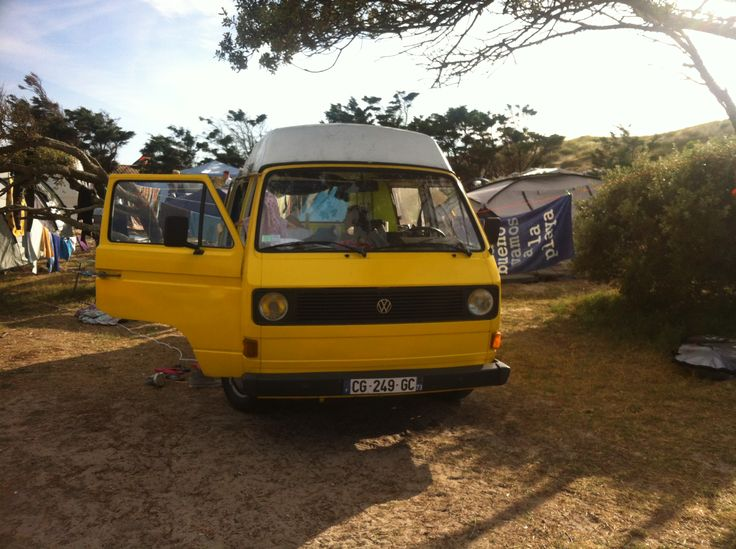 Et si vous passiez quelques jours en Rhône-Alpes... dans un #camping-car ? :) Elodie vous propose le sien !