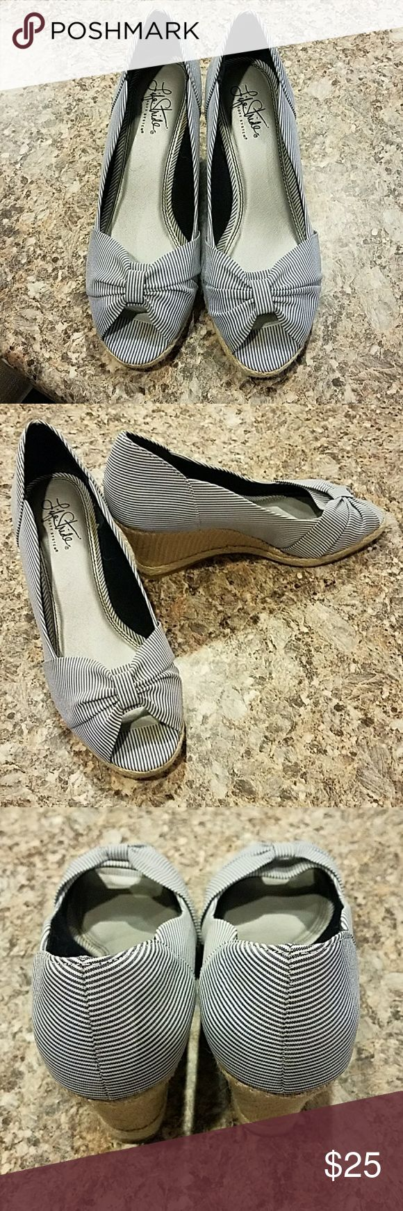Life Stride Striped Wedges Very cushion and great for dresses, jeans, or shorts. Life Stride Shoes Wedges