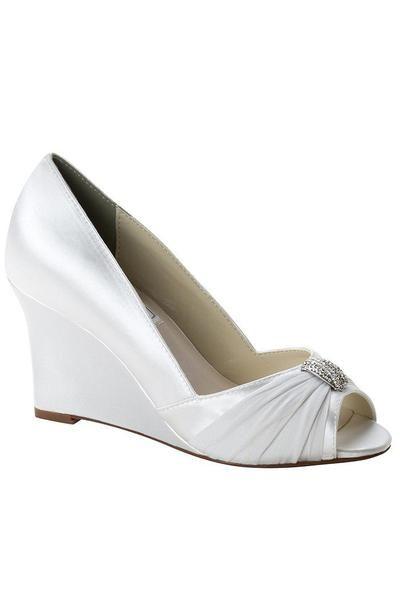 ba2da9395e9a Wide width shoes for homecoming formal