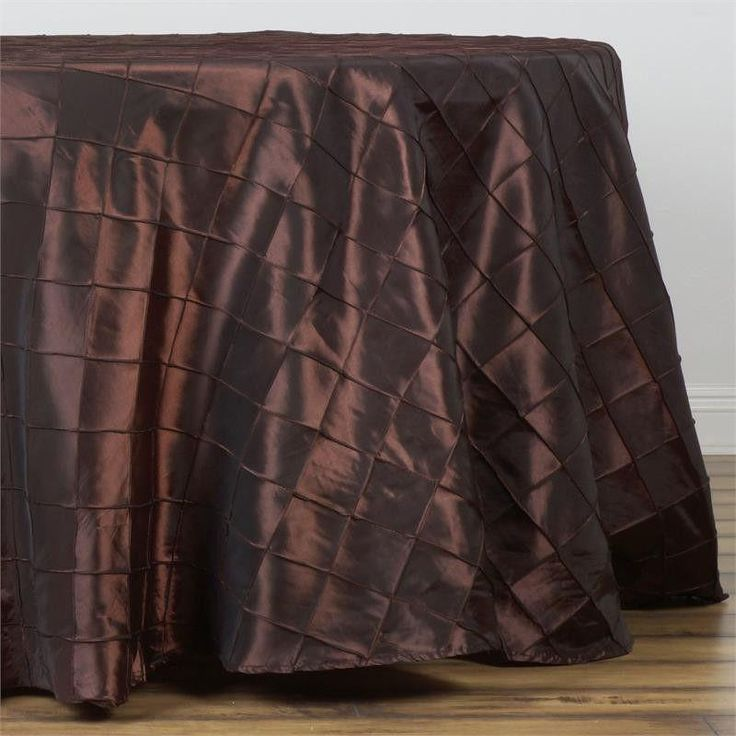 """108"""" Wholesale Chocolate Round Pintuck Tablecloths For Wedding Party Event Decoration"""