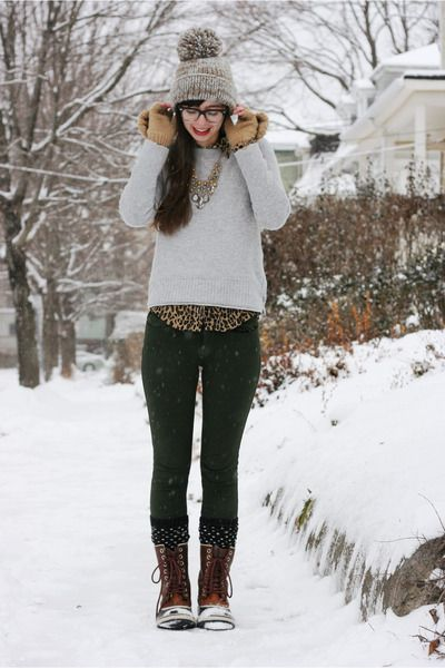 brown sorel boots  heather gray anthropologie hat  heather gray gap sweater  brown leopard vintage shirt  forest green gap pants