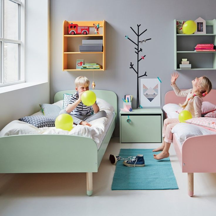 Flexa kinderbett play aus holz 90x200 in gr n mintgr n for Kinderzimmer ab 1 jahr