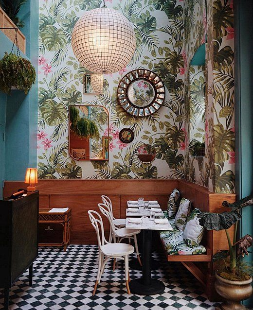 Leo's Oyster Bar in San Francisco is a majorly inspiring space we can't wait to visit again!