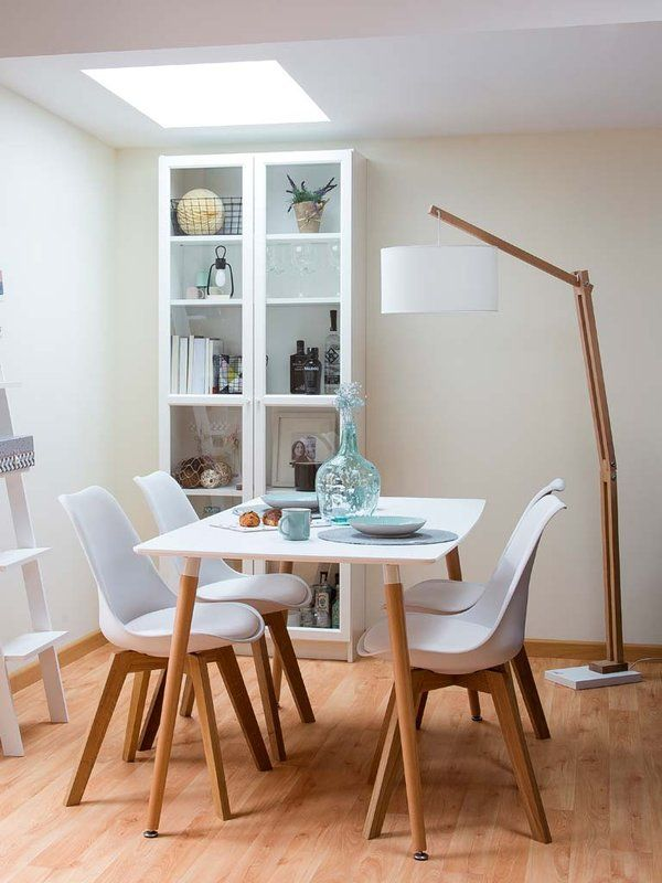 25 best ideas about l mparas de pie en pinterest dise o for Combinar lamparas salon comedor