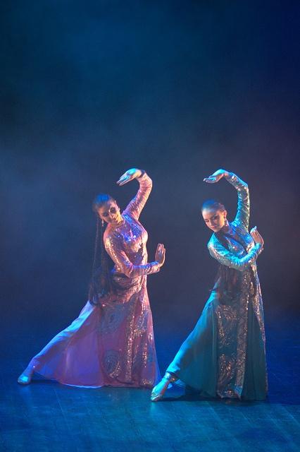 Abrisham dance  Sunita Singh & Agnes Gagge  DancedesignbyAnki  www.facebook.com/dancedesignbyanki