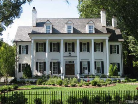 1000 ideas about plantation style houses on pinterest for Plantation columns