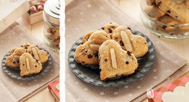 Biscotti veg senza burro, con pere e cioccolato