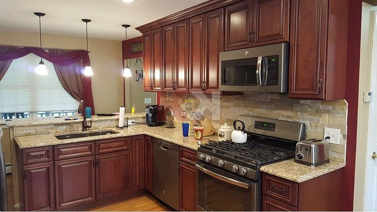 """I bought the ready to assemble Brownstone cabinet door style from Kitchen Cabinet Kings. They provided me with high quality cabinets for an unbelievable price. "" ~ Steve Pesce 